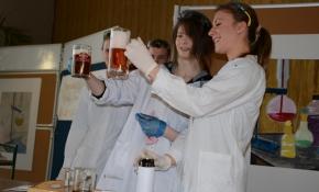 18pokazy-chemiczne-26-02-2014