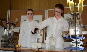 28pokazy-chemiczne-26-02-2014